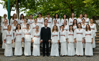MACEDONIA Skopje YOUTH FEMALE CHOIR MKC dyrygent / conductor: Sasho Tatarchevski KATEGORIA B2 / CATEGORY B2 1. Giovanni Animuccia Laudate Dio 2. Dragan Shuplevski Oral dedo 3. Ramiro Real Ella 4.