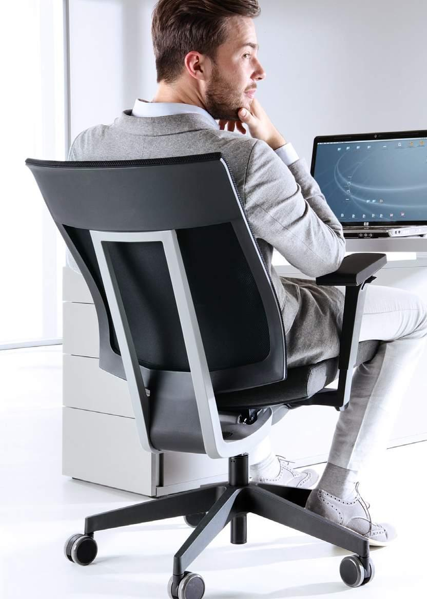 Sitting dynamically and ensuring constant movement are crucial nowadays to maintaining a healthy spine. An ergonomic chair should intuitively follow and adapt itself to your movements.