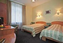 pl/hotel-krakow >71 >200 >80 >100 The hotel is located next to the historic Kazimierz district.